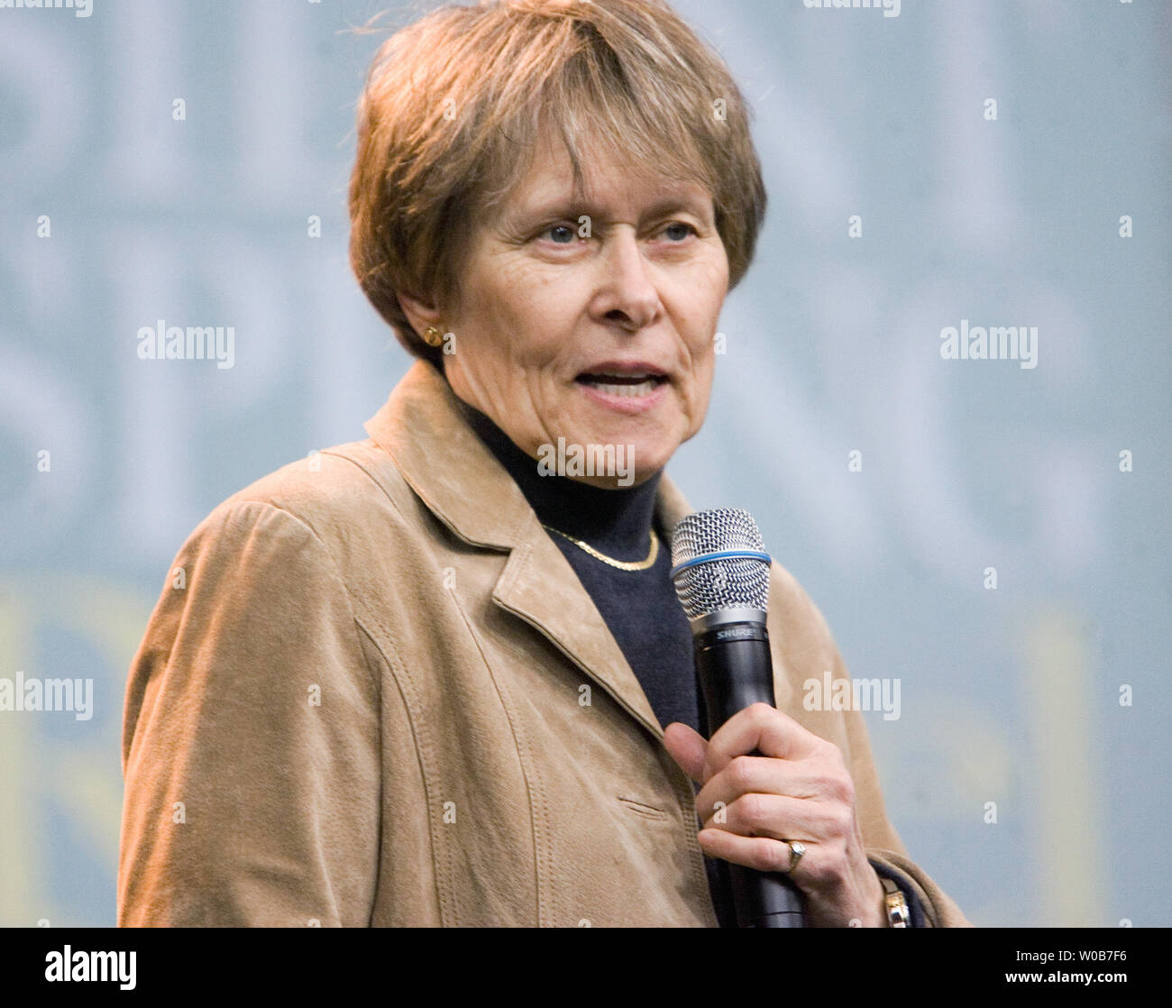 Dr Roberta Stock Photos & Dr Roberta Stock Images - Alamy