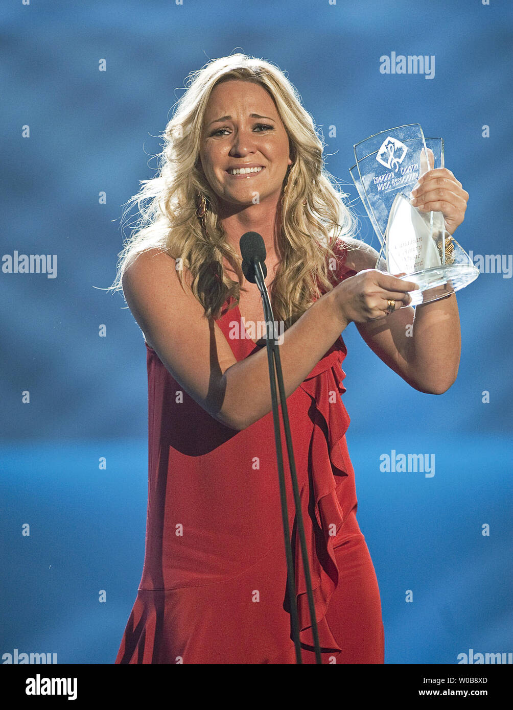 A tearful Tara Oram celebrates winning the CBC Rising Star award onstage during the 2009 Canadian Country Music Awards at GM Place in Vancouver, British Columbia, September 13, 2009.  UPI /Heinz Ruckemann - Stock Image