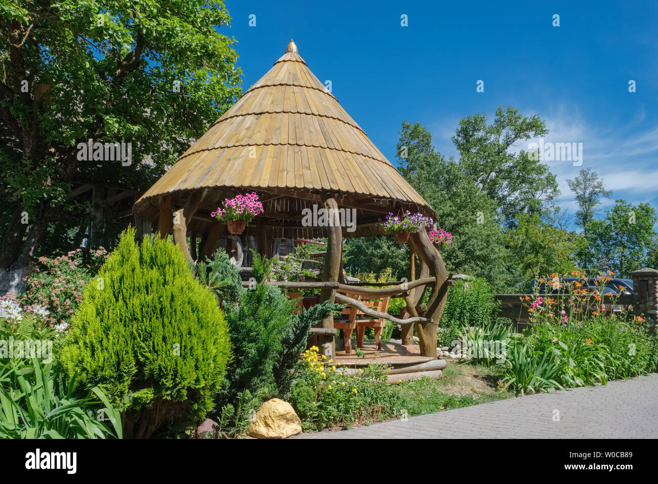 Backyard Gazebo Garden High Resolution Stock Photography And Images Alamy