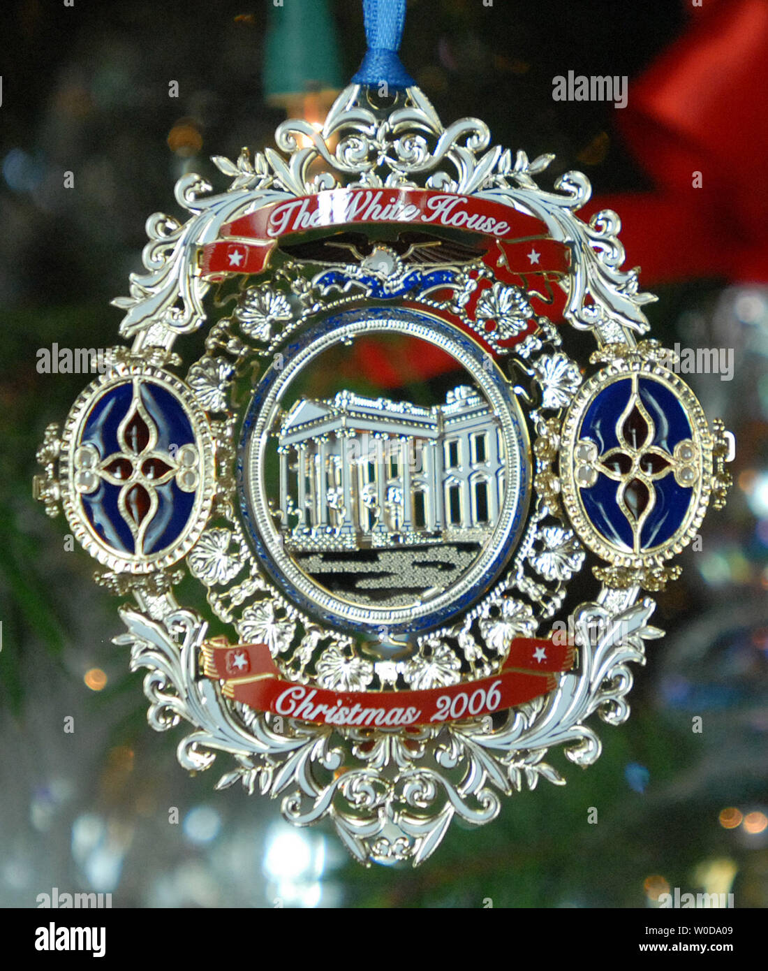 White House Christmas Ornament.The Official White House Christmas Ornament Is On Display In