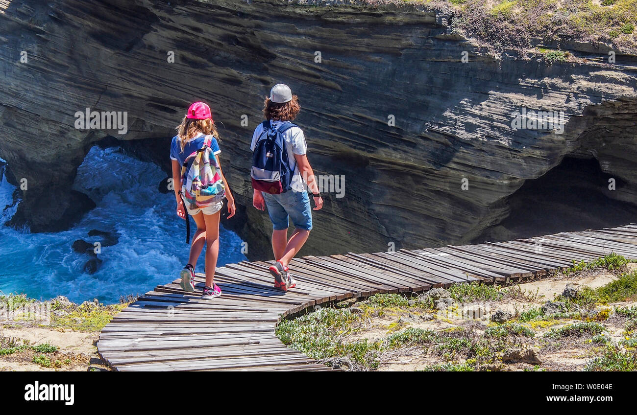 South Africa, Garden Route, trail by the Indian Ocean, Plettenberg, boy and girl (MODEL RELEASE) - Stock Image