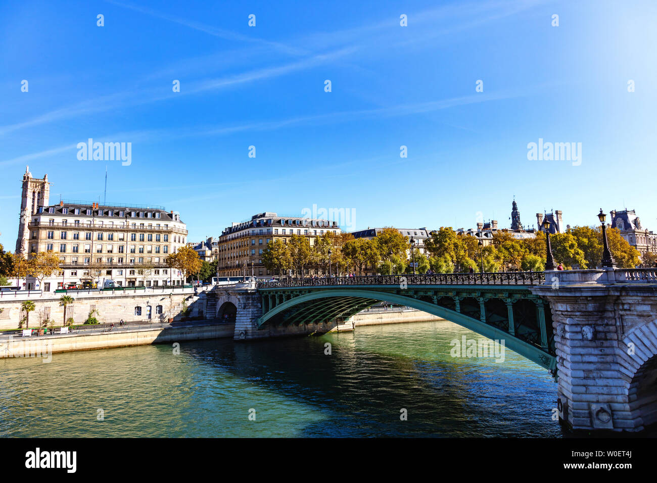 France, Paris, October 5, 2018: View on the bridge at the exchange, the Seine, the theater of the city and the tower Saint Jacques Stock Photo