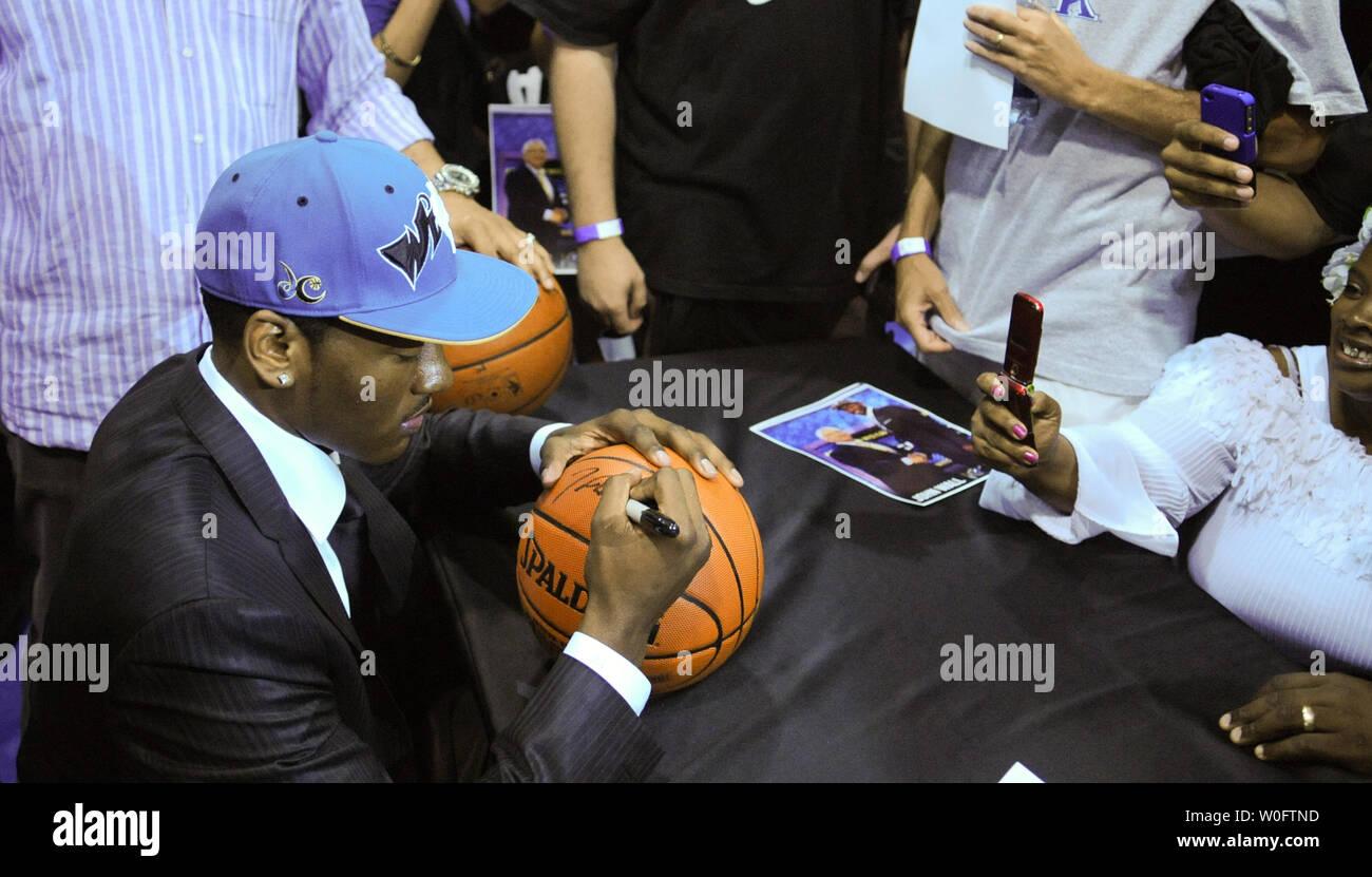 John Wall, the NBA #1 draft pick by the Washington Wizards, signs autographs at the Verizon Center in Washington on June 25, 2010. UPI/Alexis C. Glenn Stock Photo