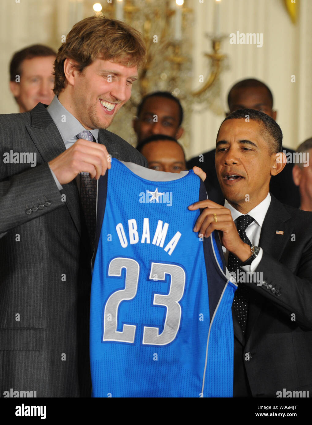 on sale 2f098 e972a U.S. President Barack Obama receives a Dallas Mavericks ...