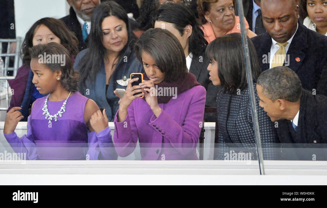 """2013 Barack Obama /& Joe Biden 3/"""" /""""January 21,2013/"""" Inaugural Button xmas"""