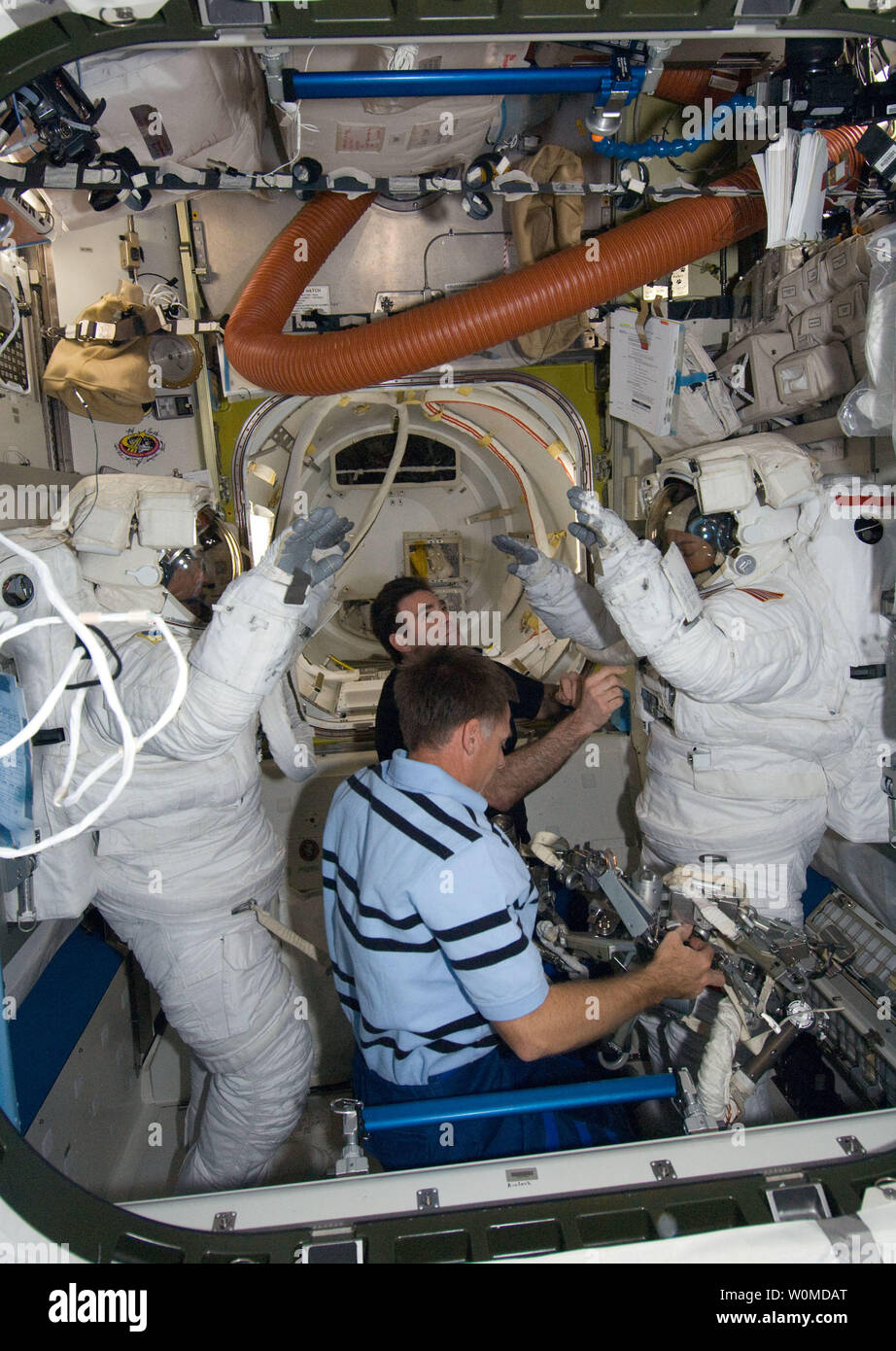 Spacesuits Stock Photos & Spacesuits Stock Images - Alamy