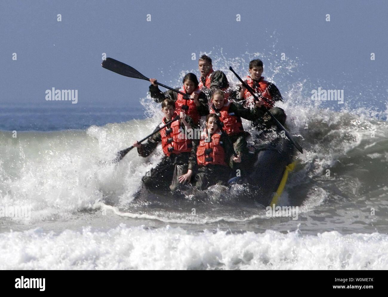 Navy Seal Training Stock Photos & Navy Seal Training Stock