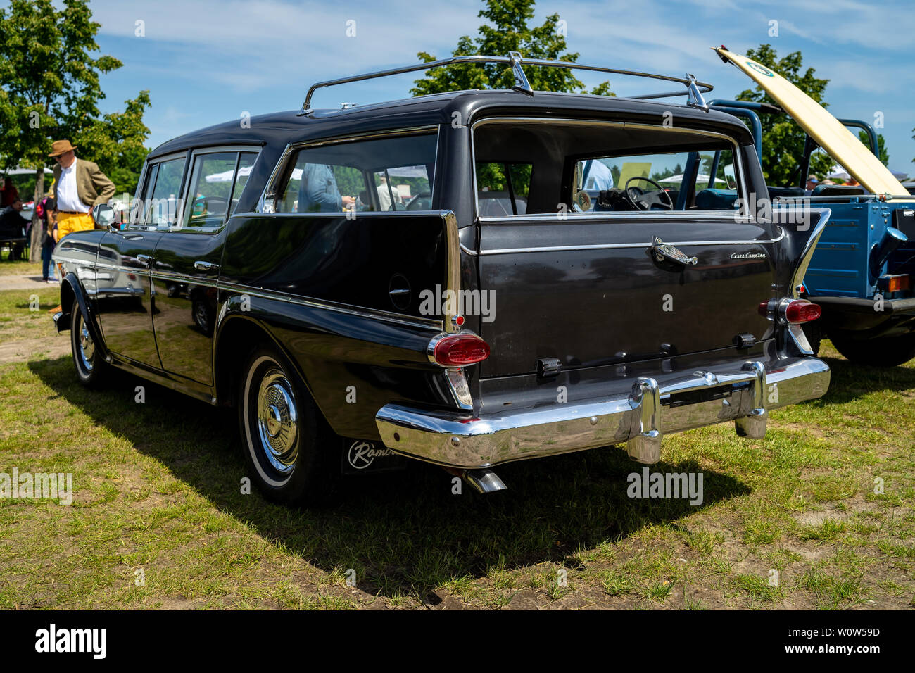 PAAREN IM GLIEN, GERMANY - MAY 19, 2018: Mid-size car AMC Rambler Six Custom Cross Country Station, 1958. Rear view. Die Oldtimer Show 2018. - Stock Image