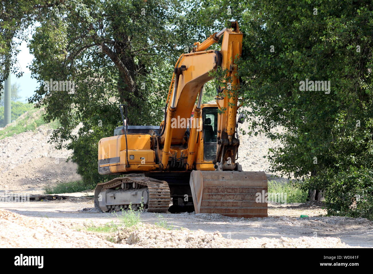 Large Excavator Stock Photos & Large Excavator Stock Images - Alamy