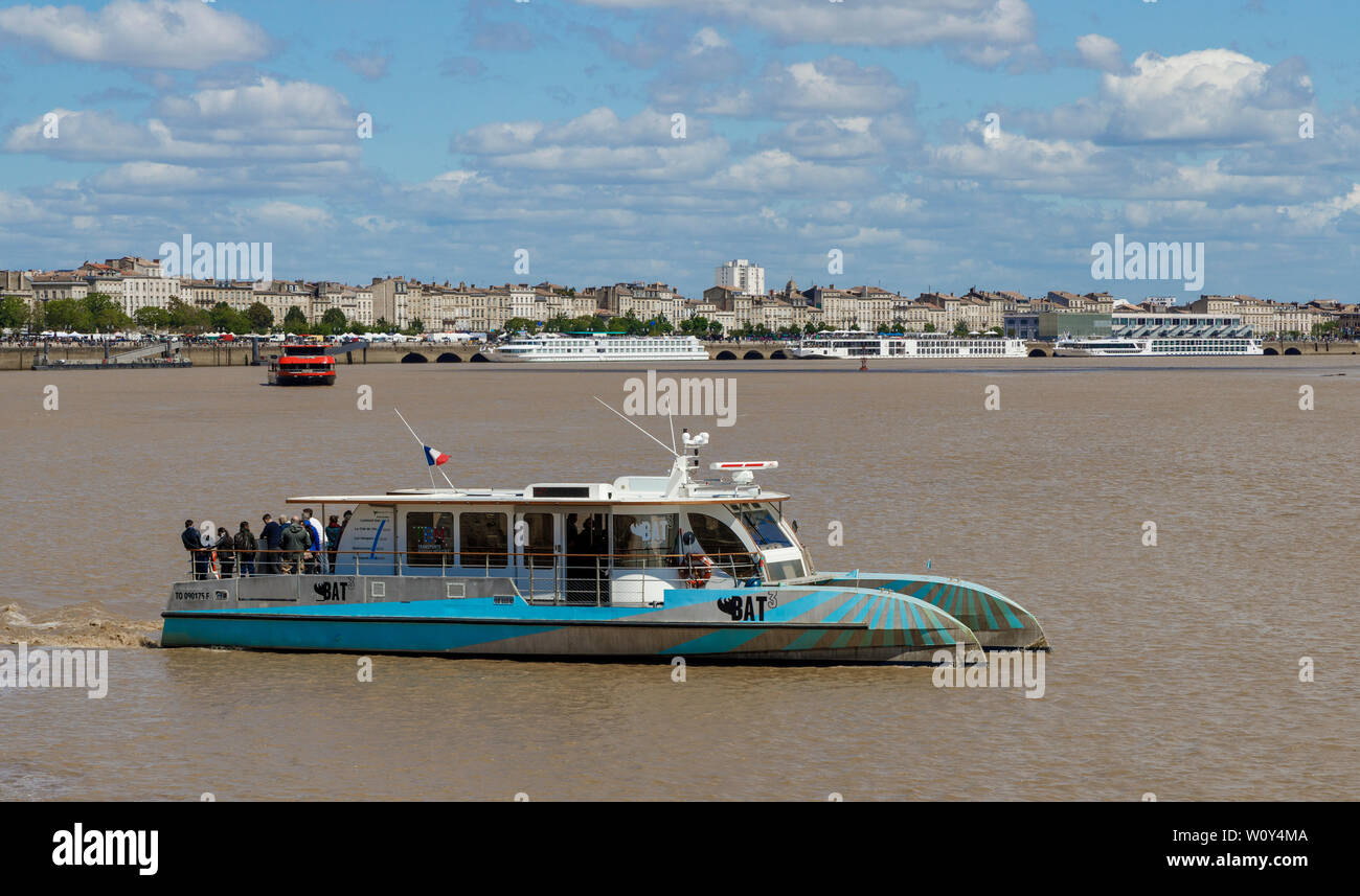 The BAT3 ferry on the Garonne River in Bordeaux, Gironde department, France. Part of the city's integrated transport system. Stock Photo