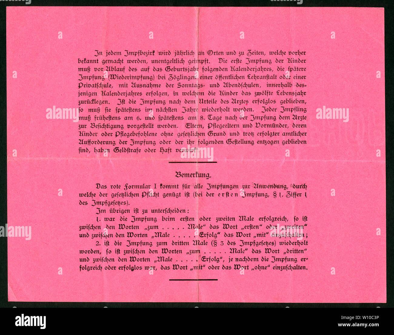 Europa, Deutschland, Hamburg,  roter Impfschein , Rückseite, ausgestellt am 16. 03. 1917, siehe auch Nr. 1006011 . /  Europe, Germany, Hamburg, red ce Stock Photo