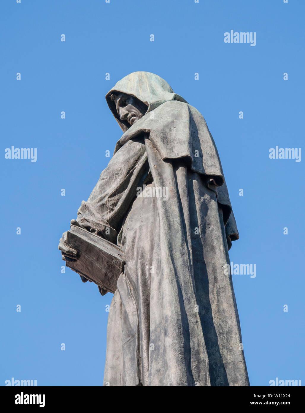Giordano Bruno statue in Campo de' Fiori Rome Stock Photo