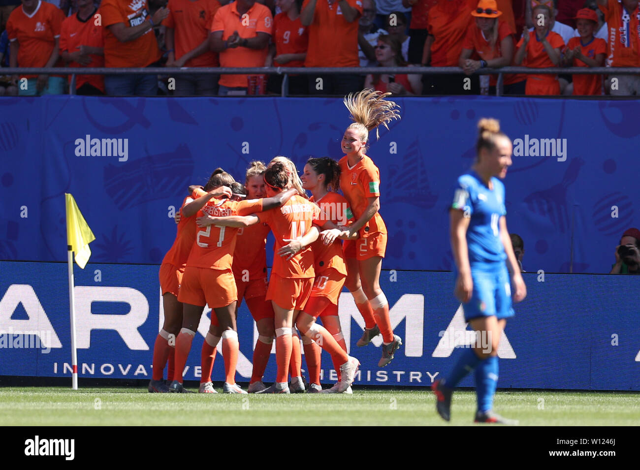 Valenciennes, France. 29th June, 2019. Players of the Netherlands celebrate their goal during the quarterfinal between Italy and the Netherlands at the 2019 FIFA Women's World Cup in Valenciennes, France, June 29, 2019. Credit: Zheng Huansong/Xinhua/Alamy Live News Stock Photo