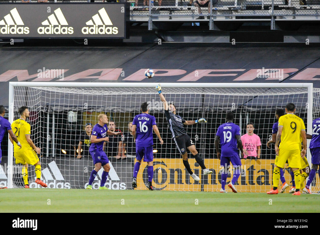 Saturday, June 29, 2019: Orlando City goalkeeper Brian Rowe (23) punches the ball away the first half of the match between Orlando City and Columbus Crew SC at MAPFRE Stadium, in Columbus OH. Mandatory Photo Credit: Dorn Byg/Cal Sport Media. Orlando City 2 - Columbus Crew SC 0 at the end of the match - Stock Image