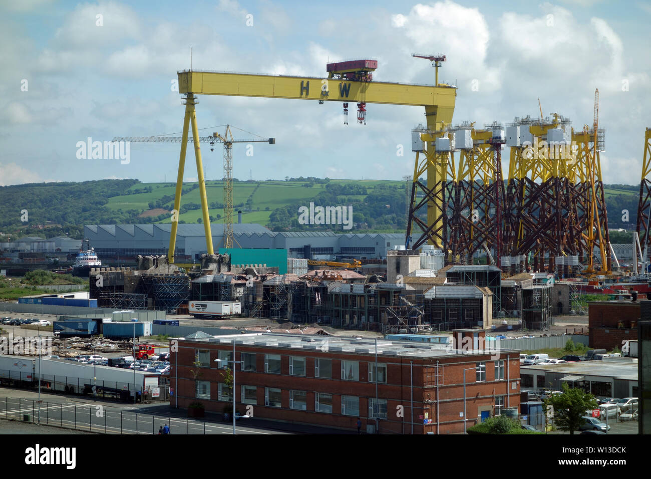 Harland and Wolff Cranes, Samson and Goliath from the Titanic Experience Museum in the Titanic Quarter, Belfast, County Antrim, Northern Ireland, UK. - Stock Image