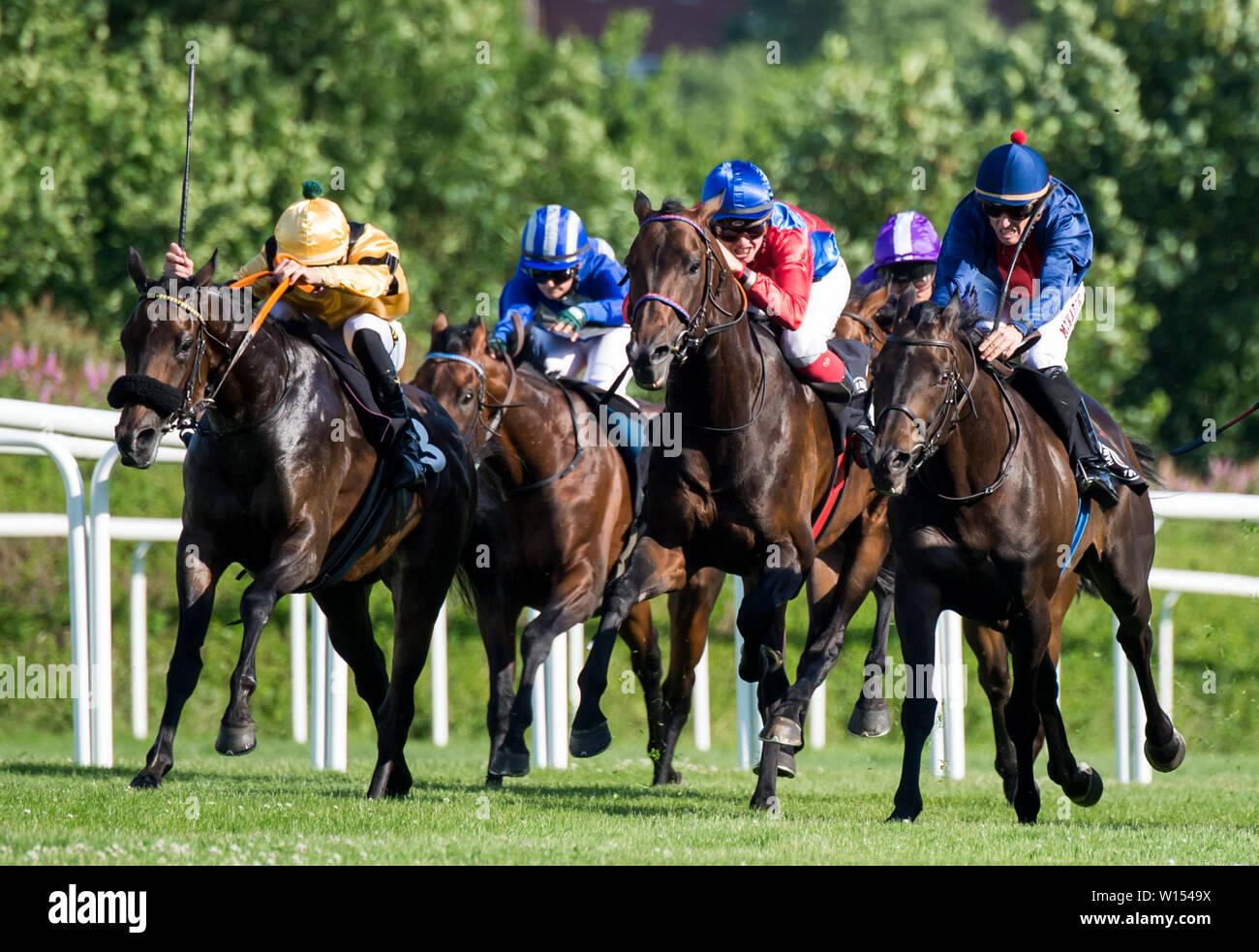 Maupiti express horse betting sports betting audio