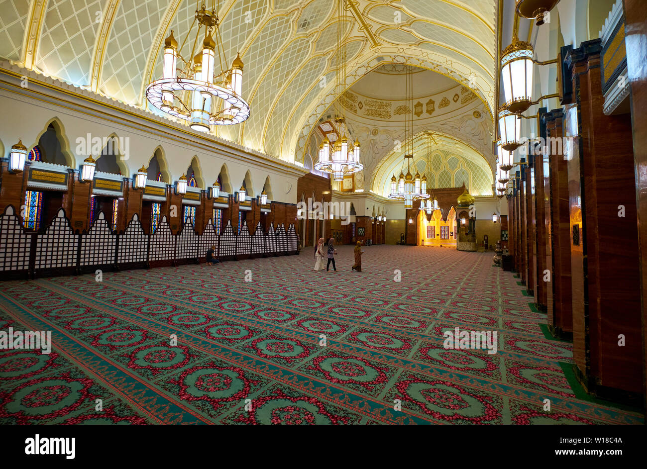 Interior view of the Omar Ali Saifuddien mosque in downtown Bandar Seri Begawan,Brunei. - Stock Image