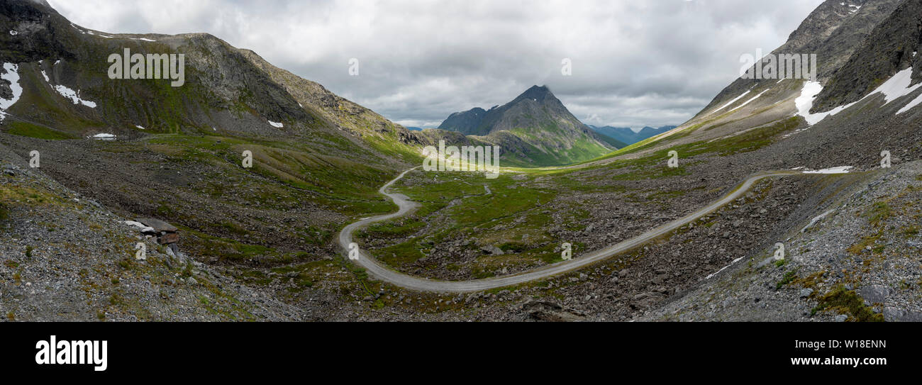 Private toll road through Vengedalen, close to Andalsnes, Norway. - Stock Image