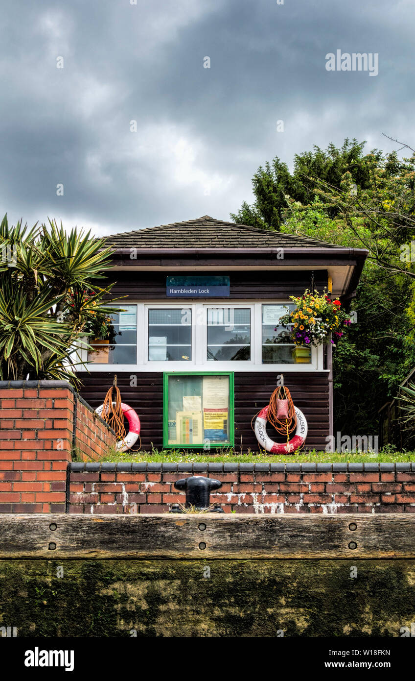 Hambledon Lock Lock Keepers Office River Thames UK Stock Photo