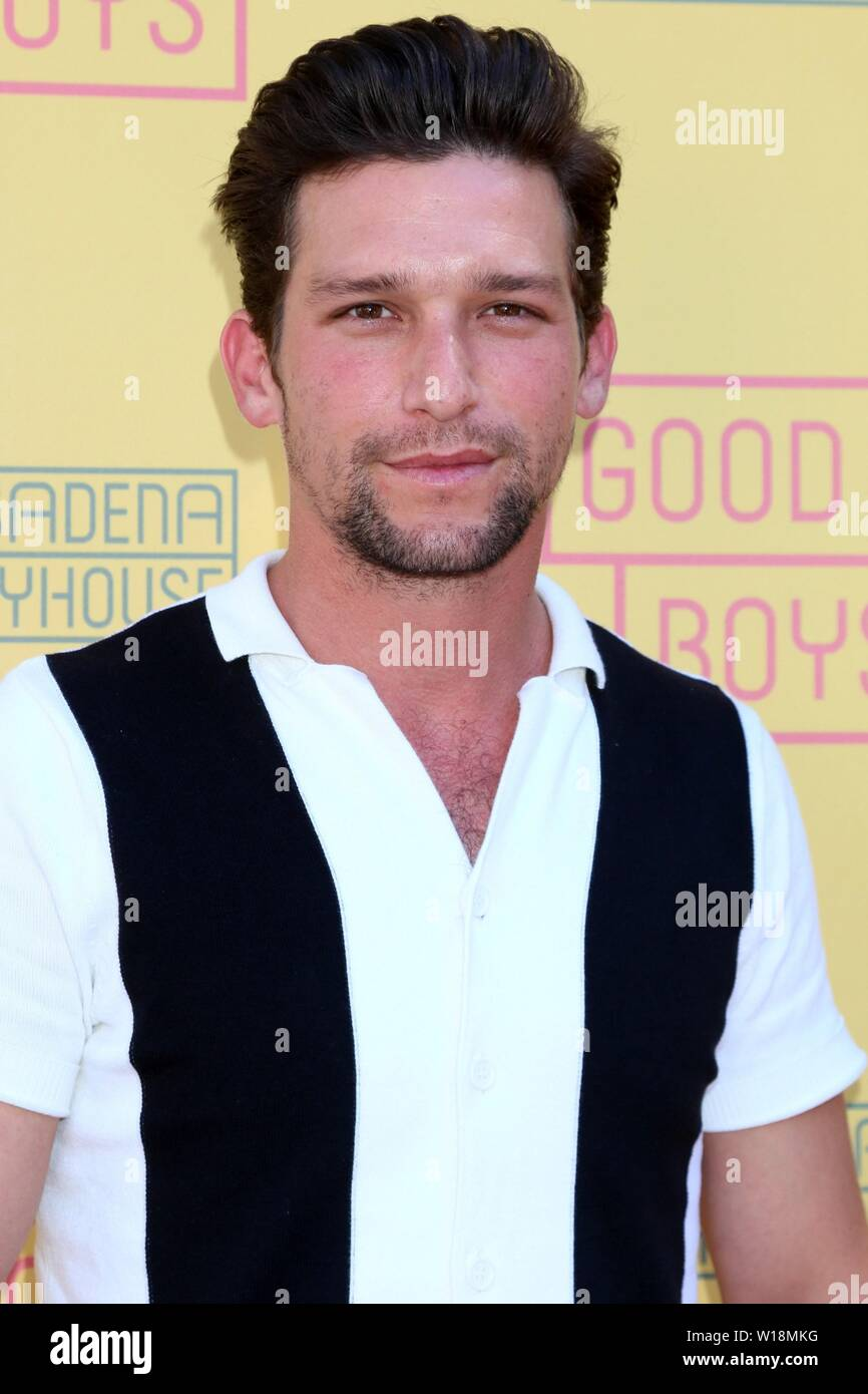 Page 2 Daren High Resolution Stock Photography And Images Alamy 16/09/1987 (33 years old) encino, california, united states. https www alamy com pasadena usa 30th june 2019 daren kagasoff at arrivals for good boys opening night pasadena playhouse pasadena usa june 30 2019 credit priscilla granteverett collectionalamy live news image258962020 html