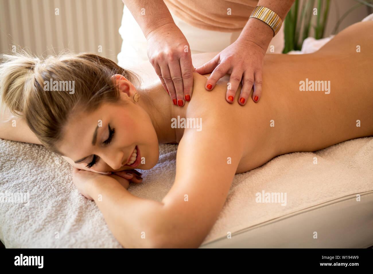 massage,masseuse,back massage Stock Photo