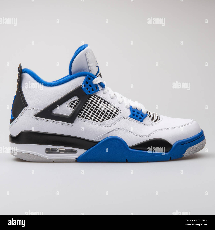 2017: Nike Air Jordan 4 Retro white