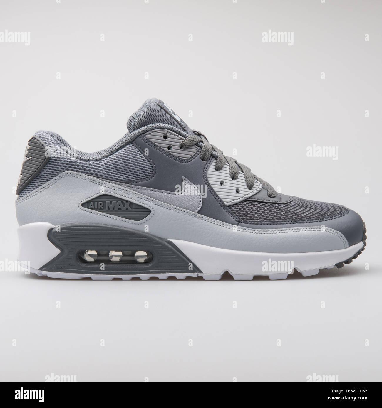 Nike Air Max 90 Ultra Essential Grey rockhavenrecovery.ca