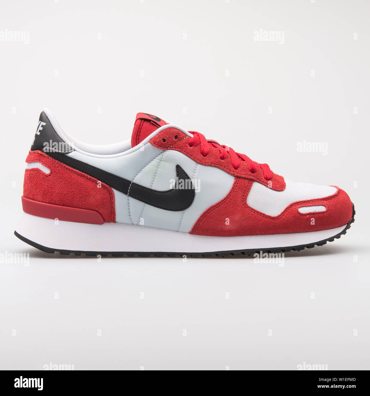 Nike Air Vrtx Sneakers Sale Online, UP TO 50% OFF