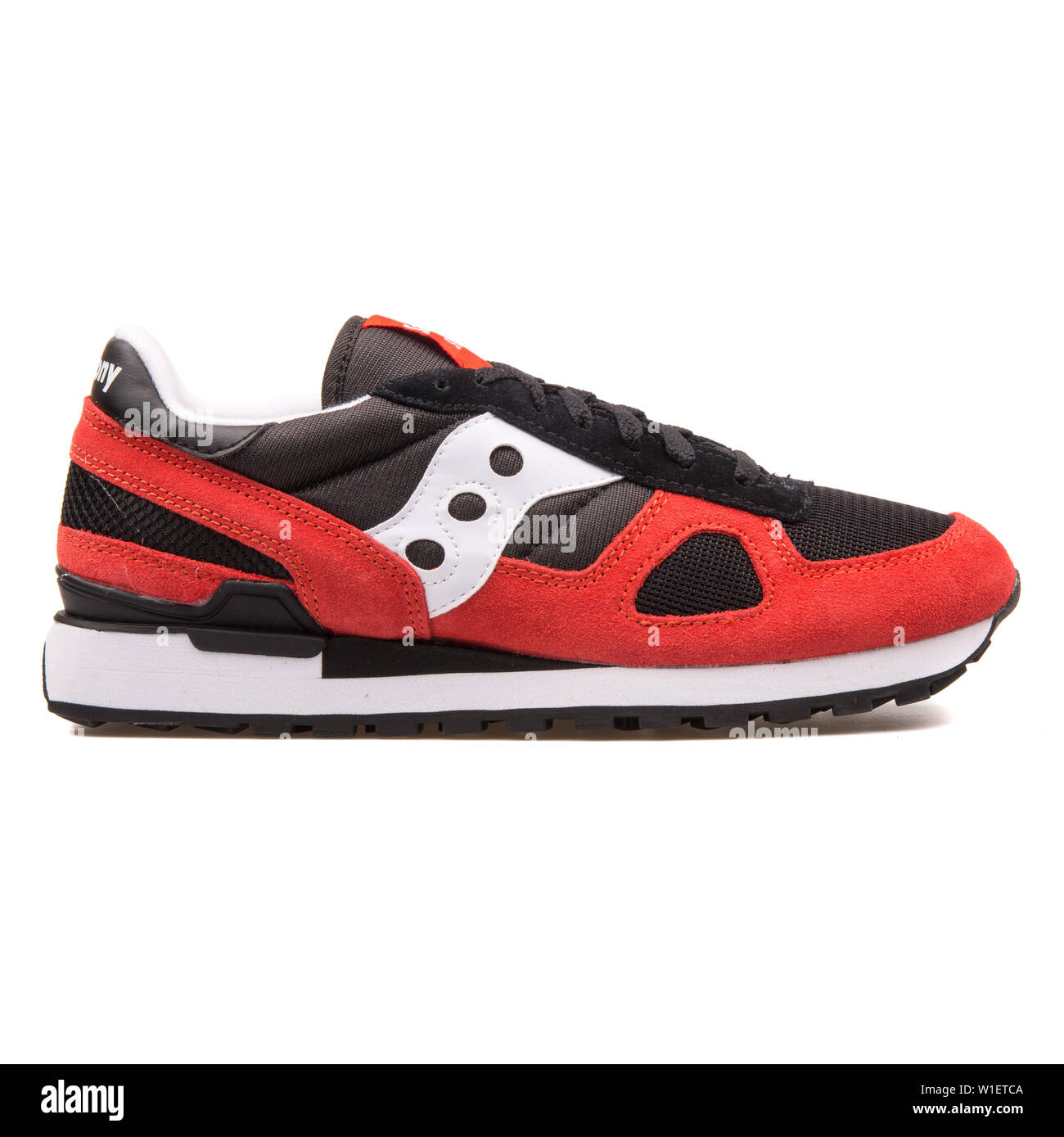 newest 6fbb7 b83bc VIENNA, AUSTRIA - AUGUST 10, 2017: Saucony Shadow Original ...