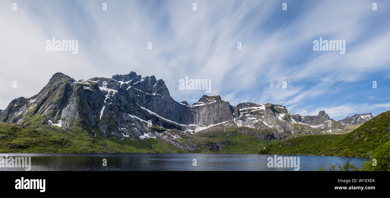 View from the road that leads to Nusfjord, Lofoten Islands, Norway. - Stock Image