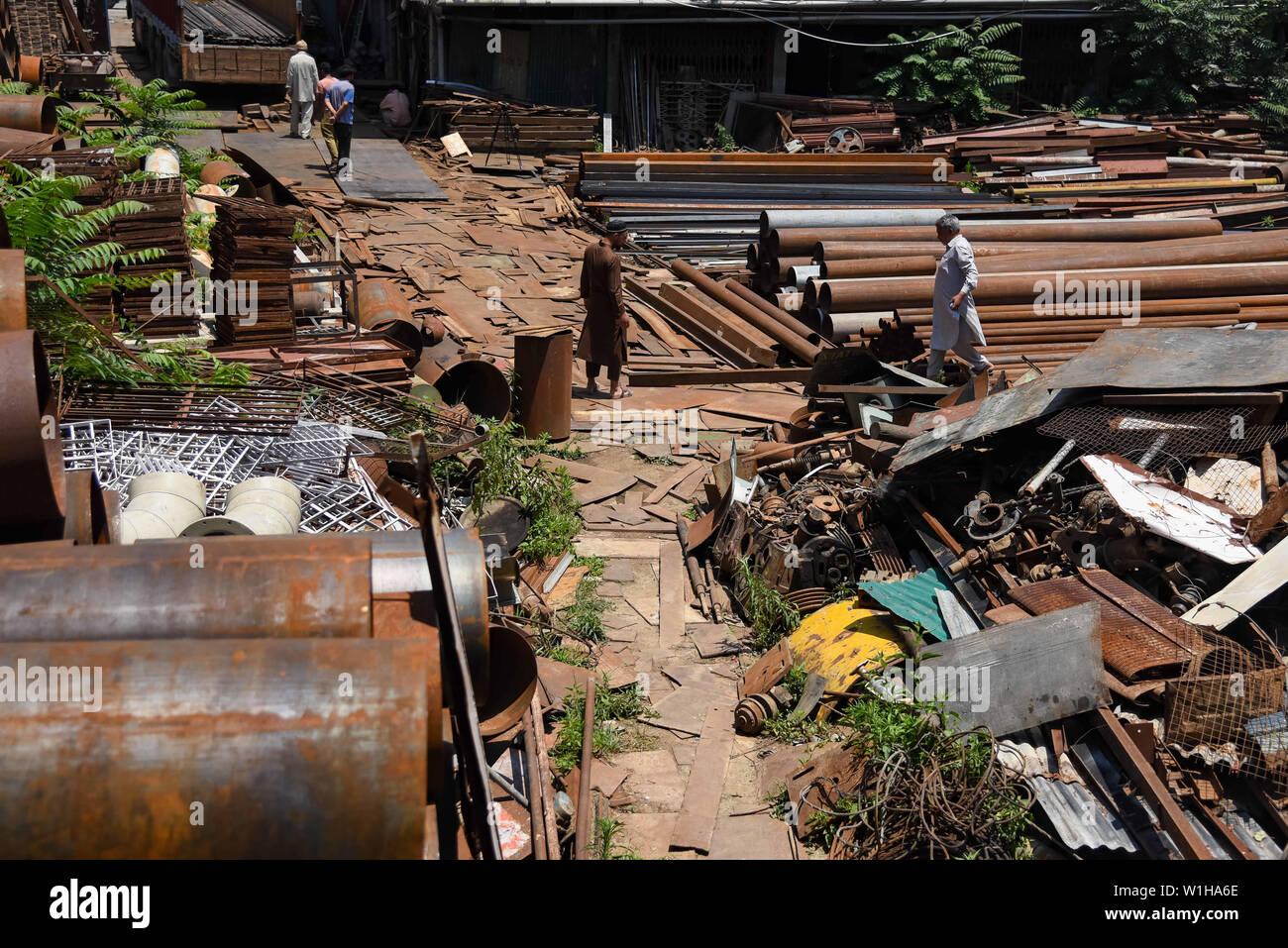 Scrap Metal Dealing Stock Photos & Scrap Metal Dealing Stock