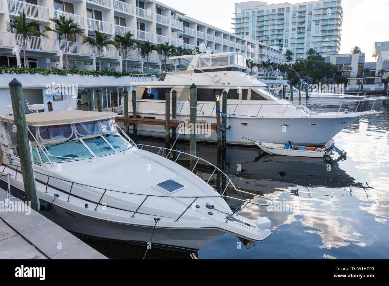 Fort Lauderdale Ft. Florida Hilton Fort Lauderdale Marina hotel Portside Marina boating yacht cabin cruiser dock berth dingy bui - Stock Image