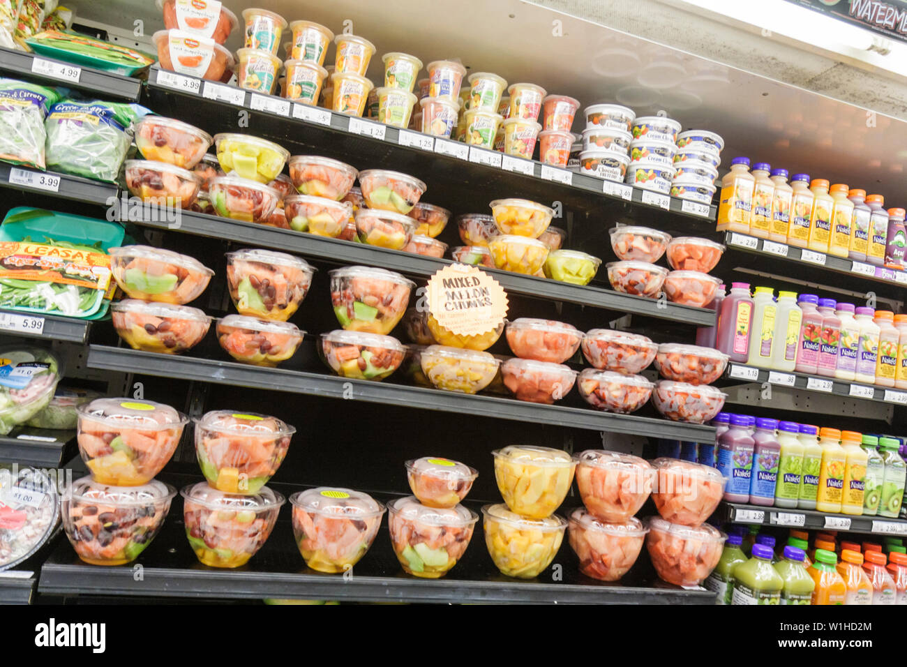 Fort Lauderdale Ft. Florida Winn-Dixie grocery store supermarket packaging product display competition prepared foods cut fruit Stock Photo