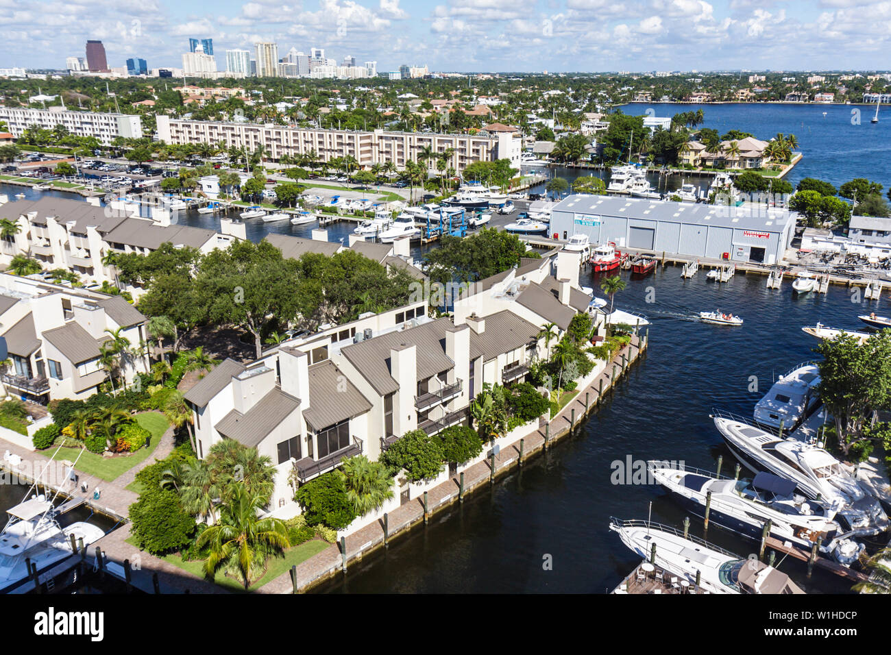 Fort Lauderdale Ft. Florida Hilton Fort Lauderdale Marina hotel view Intracoastal Waterway Seminole River Portside Yacht Club an - Stock Image