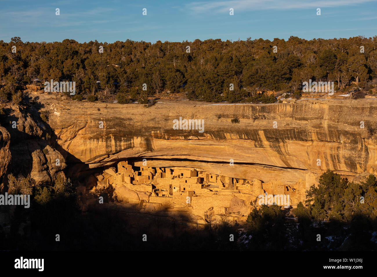 Late afternoon light in winter, Cliff Palace, Mesa Verde National Park, Colorado - Stock Image