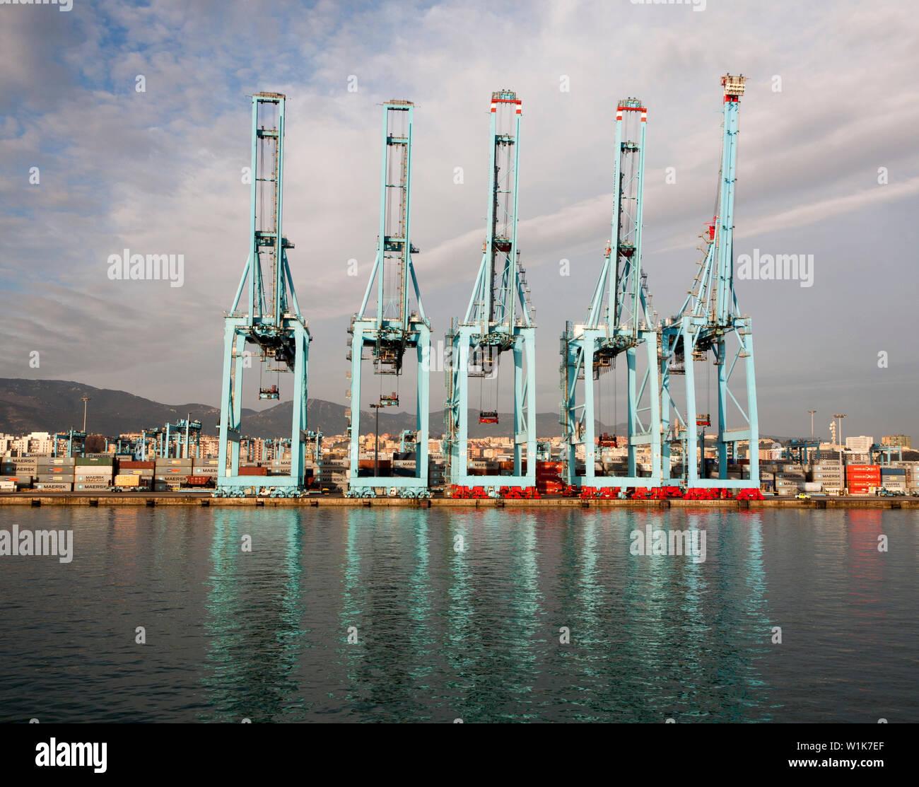 Large cranes APM Terminals container ship port at Algeciras, Cadiz Province, Spain - Stock Image