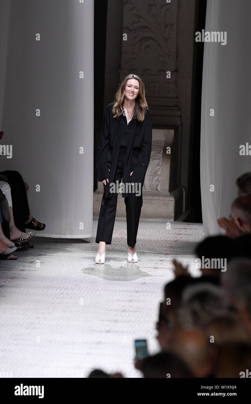 Paris, France. 2nd July, 2019. Designer Clare Waight Keller, acknowledges the audience during Givenchy's Fall/Winter 2019/20 Haute Couture collections in Paris, France, July 2, 2019. Credit: Piero Biasion/Xinhua/Alamy Live News - Stock Image