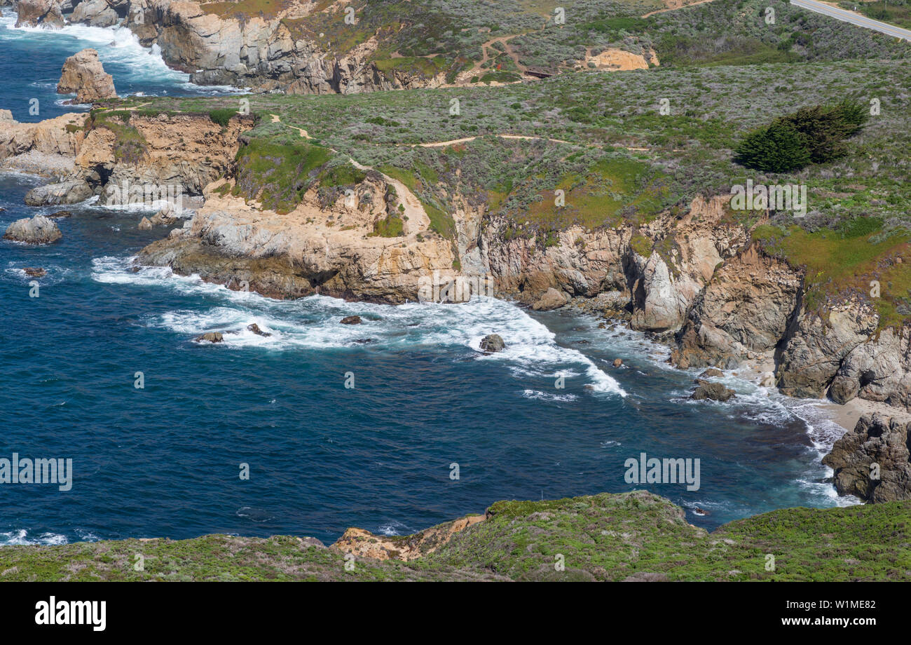 Ocean and rocky coastline view from atop Whale Peak. Garrapata State Park, Monterey coast, California, USA. - Stock Image