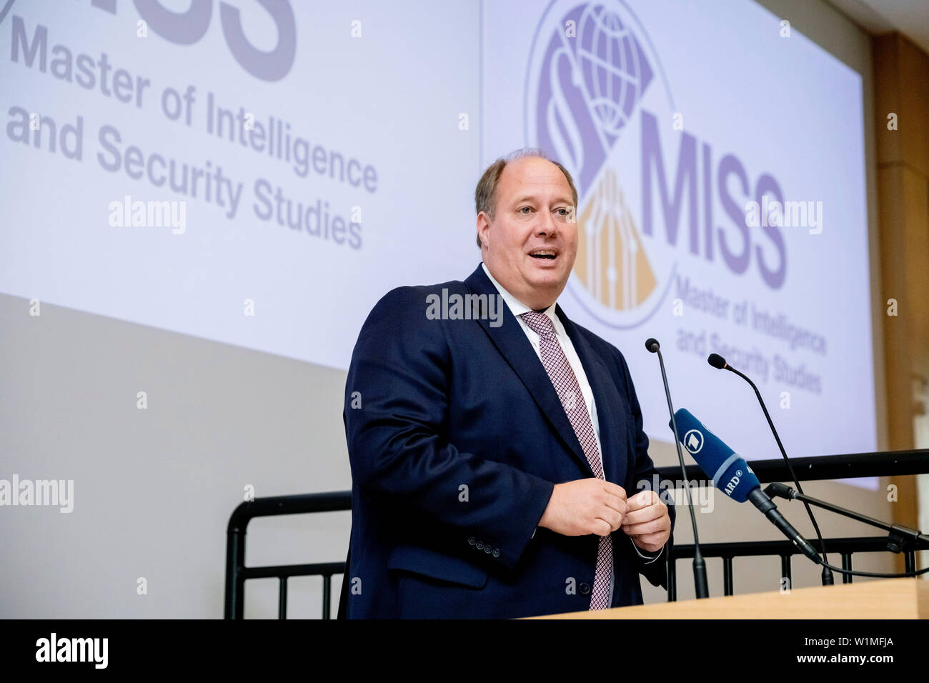 """Berlin, Germany. 03rd July, 2019. Helge Braun (CDU), head of the Federal Chancellery, speaks at the opening ceremony of the Master's programme """"Intelligence and Security Studies"""" for secret service employees at the headquarters of the Federal Intelligence Service (BND). Credit: Christoph Soeder/dpa/Alamy Live News Stock Photo"""