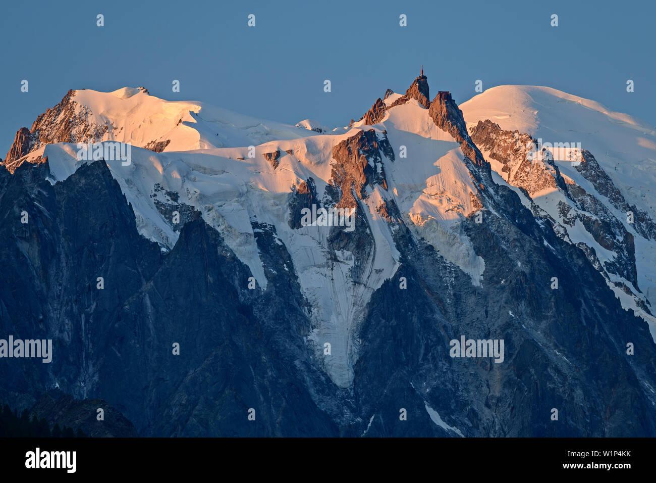 Mont maudit, Aiguille du Midi and Mont Blanc, Mont Blanc, Grajische Alps, the Savoy Alps, Savoie, France - Stock Image