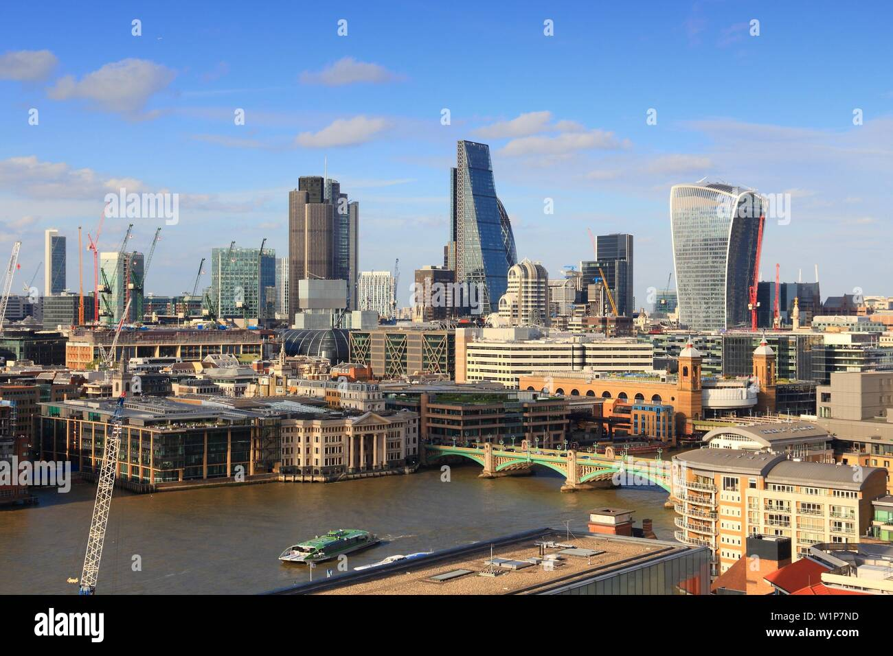 London UK skyline - Thames River and skyscraper city. - Stock Image