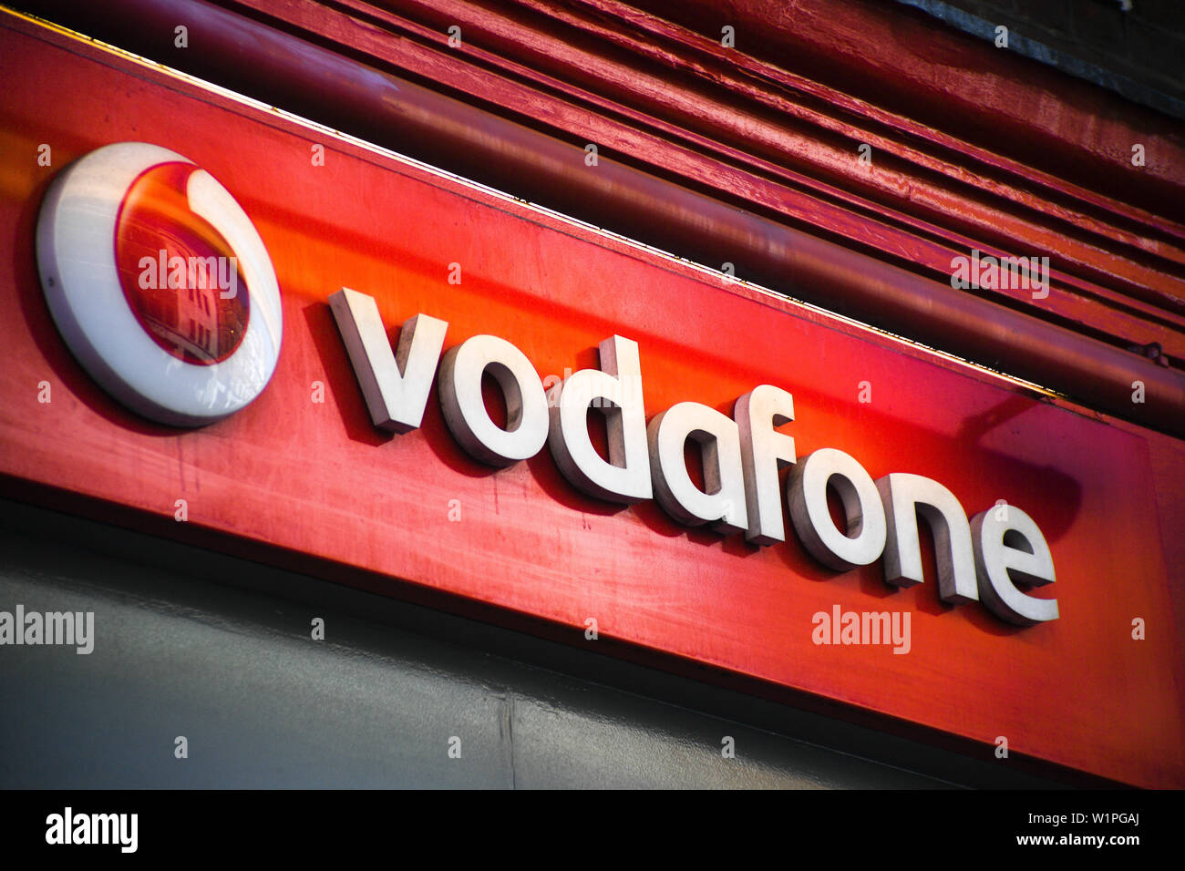 Vodafone Uk Stock Photos & Vodafone Uk Stock Images - Alamy
