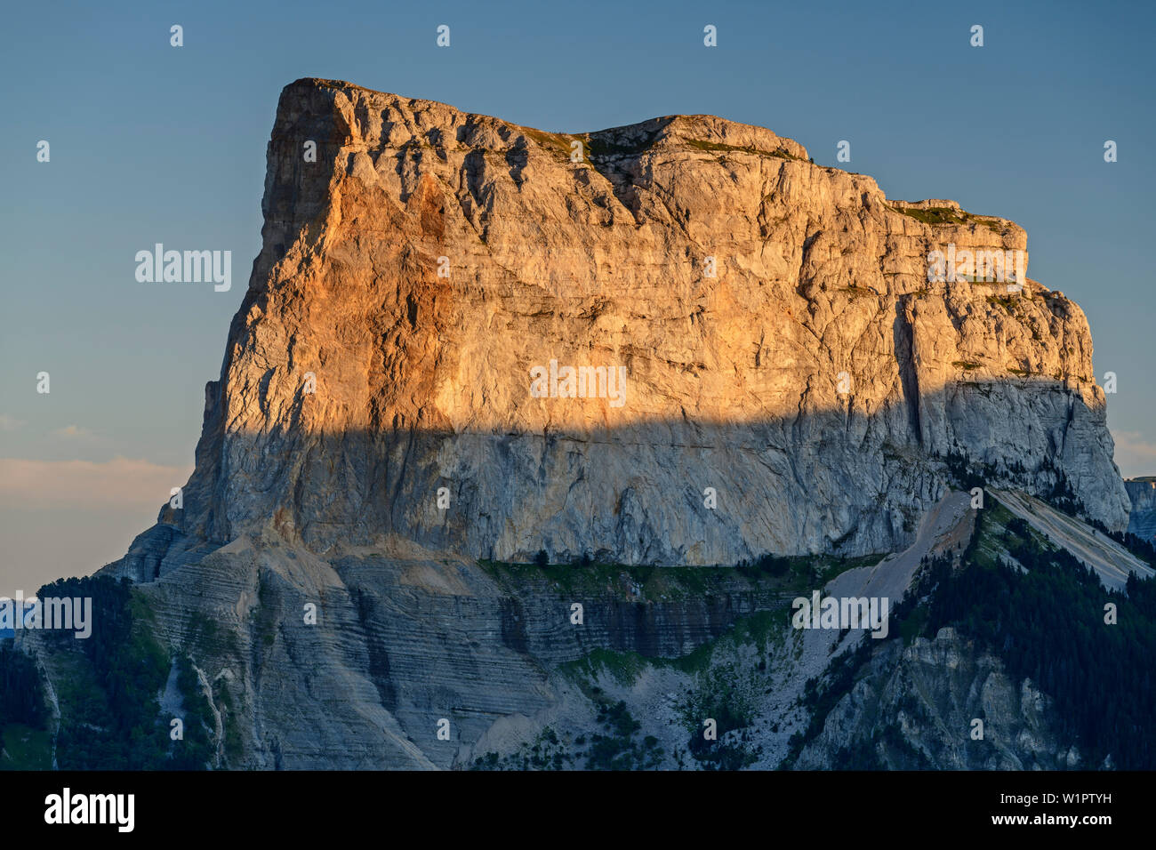Mont Aiguille in the sunset, from the Grand Brison, Vercors, Dauphine, Dauphine, Isère, France - Stock Image
