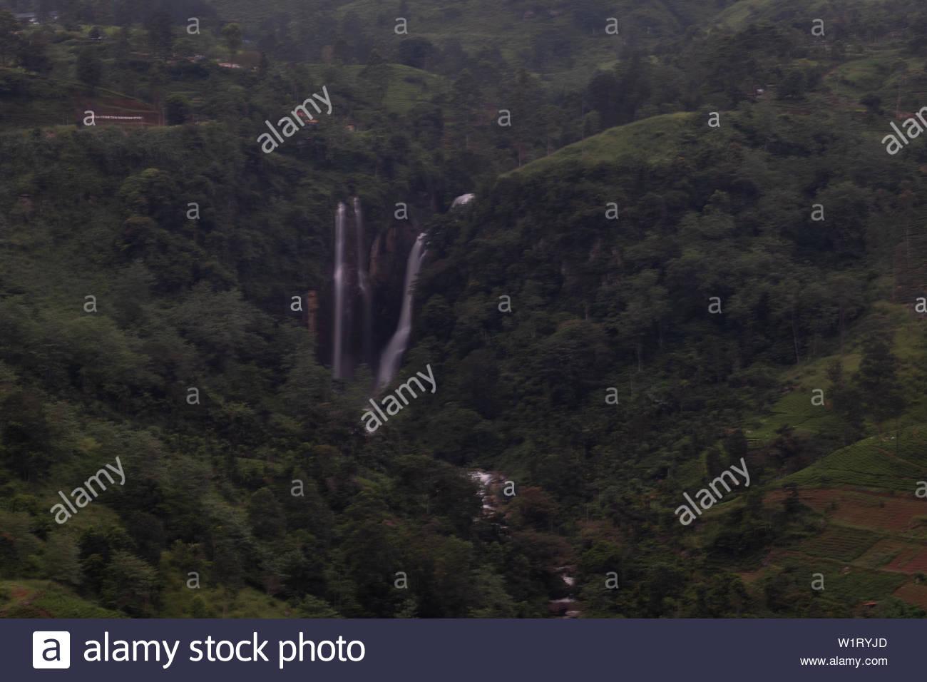 Waterfall near Ramboda, Nuwara Eliya, Sri Lanka Stock Photo