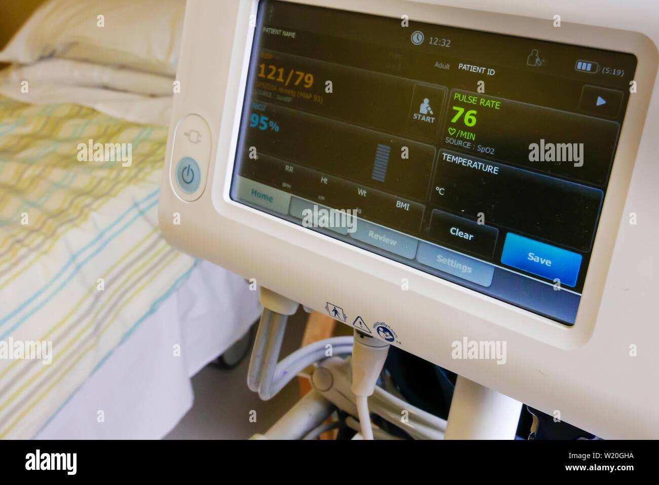 Nhs Patient Oxygen Hospital Stock Photos & Nhs Patient