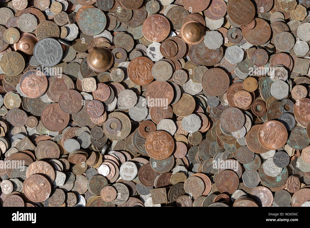 Indian Old Coins Stock Photos & Indian Old Coins Stock