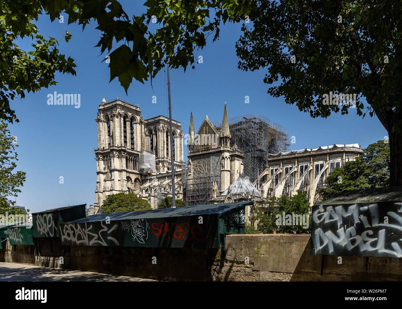 Paris, FRANCE - June 27, 2019: Cath drale Notre-Dame de Paris construction and refurbishment rebuild work ongoing after 2019 fire Stock Photo