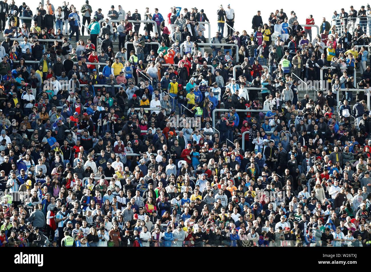 Sao Paulo, Brazil. 06th July, 2019. Fans await before the Copa America 2019 3rd place soccer match between Argentina and Chile, at Arena Corinthians Stadium in Sao Paulo, Brazil, 6 July 2019. Credit: Sebastiao Moreira/EFE/Alamy Live News Stock Photo