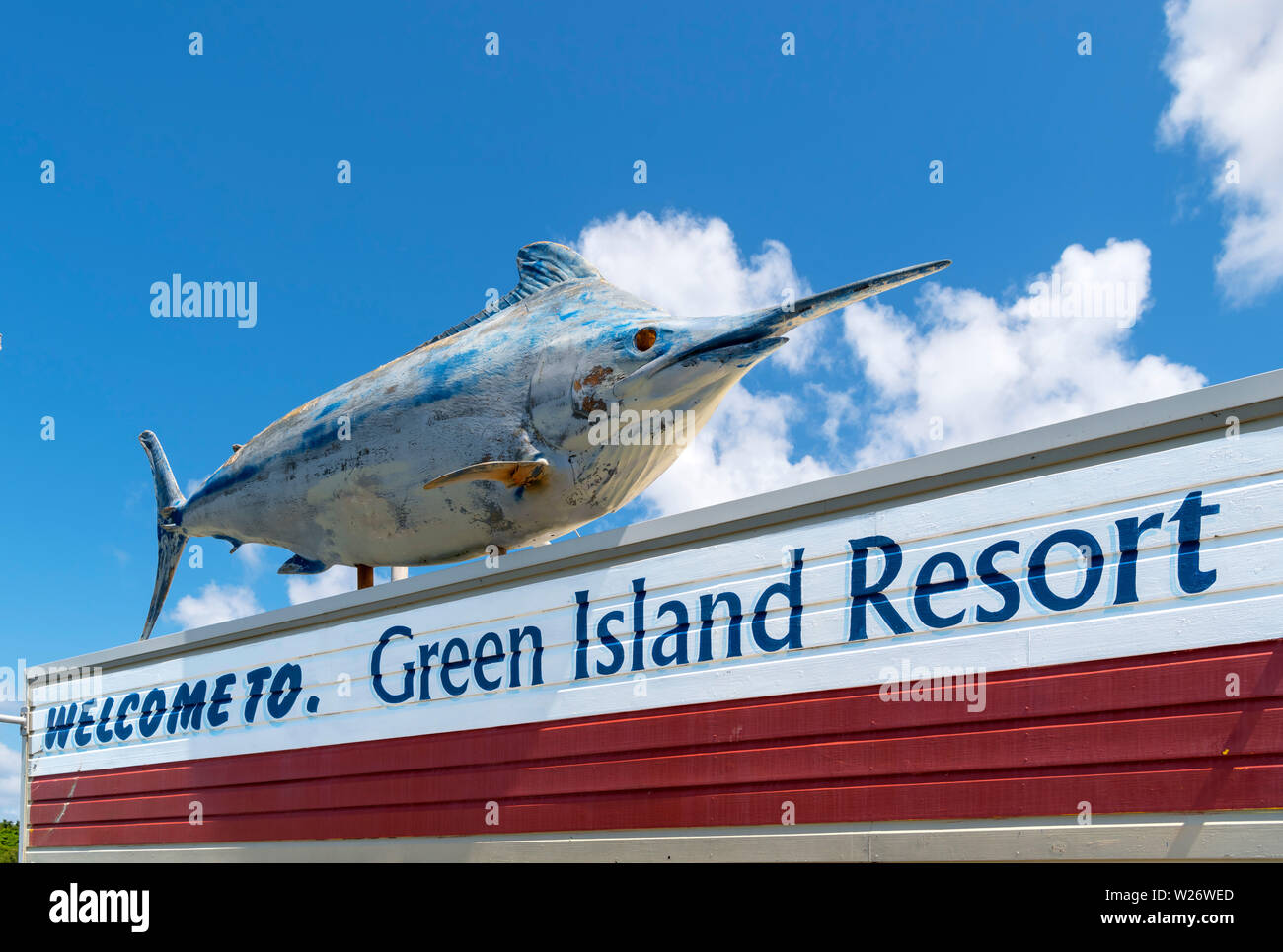 Welcome sign on the jetty at Green Island, a coral cay in the Great Barrier Reef Marine Park, Queensland, Australia Stock Photo
