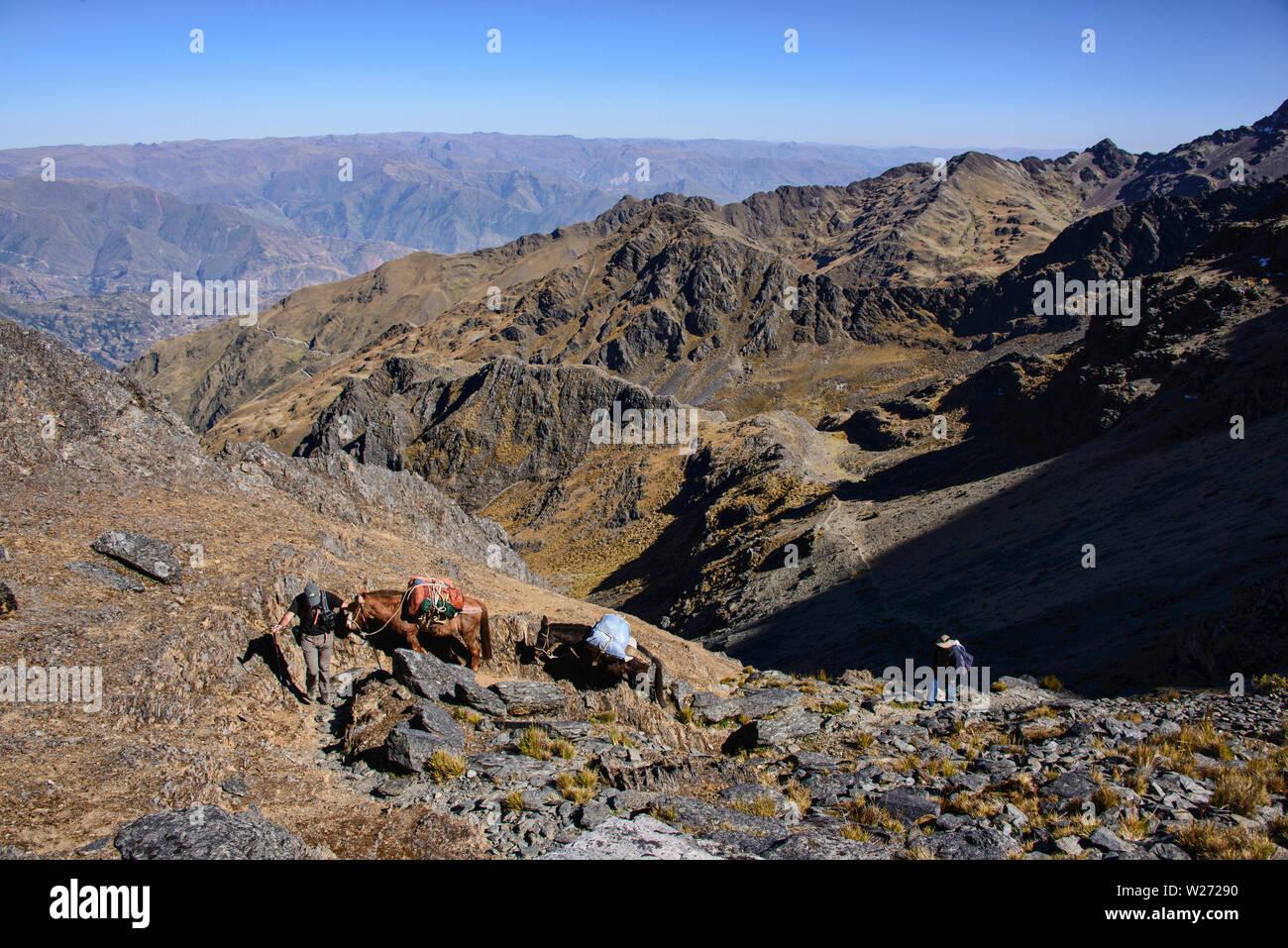 Trekking across the Cordillera Real mountain range, Bolivia Stock Photo